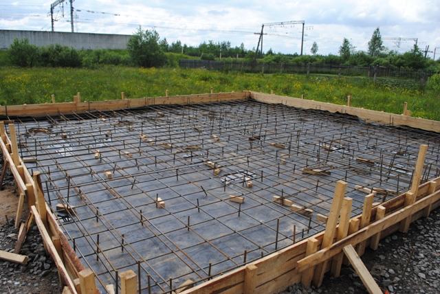 Фундамент для загородного дома и бани